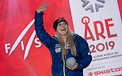 10th February 2019, Are, Sweden; Alpine skiing: Combination, ladies: downhill; Lindsey Vonn from the USA waving with her bronze medal at the award ceremony at the end of the World Championships.