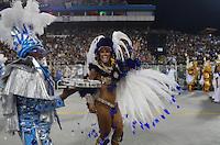 SAO PAULO, SP, 19 DE FEVEREIRO 2012 - CARNAVAL SP - PEROLA NEGRA -Jaqueline Khury. Desfile da escola de samba Dragoes da Real na segunda noite do Carnaval 2012 de São Paulo, no Sambódromo do Anhembi, na zona norte da cidade, neste domingo. (FOTO: ADRIANO LIMA  - BRAZIL PHOTO PRESS).