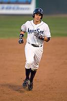 July 25, 2010: Everett AquaSox's Steven Baron (18) during a Northwest League game against the Boise Hawks at Everett Memorial Stadium in Everett, Washington.