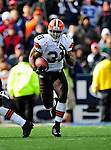 11 October 2009: Cleveland Browns' running back Jamal Lewis makes a nine-yard gain in the fourth quarter against the Buffalo Bills at Ralph Wilson Stadium in Orchard Park, New York. The Browns defeated the Bills 6-3 for Cleveland's first win of the season...Mandatory Photo Credit: Ed Wolfstein Photo