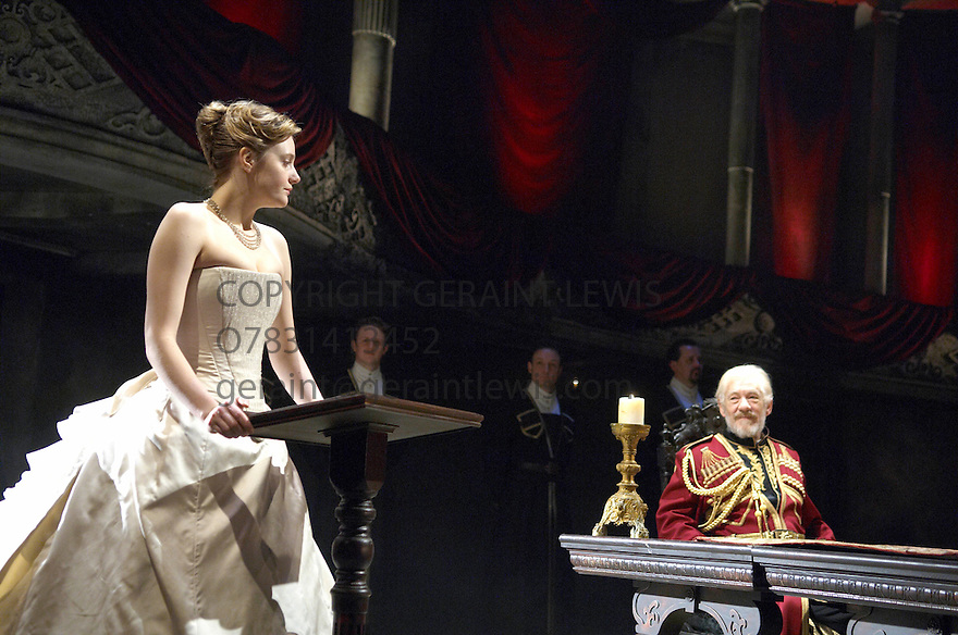 King Lear by William Shakespeare . A Royal Shakespeare Production directed by Trevor Nunn. With Ian McKellen as Lear, Romola Garai as Cordelia. Opens at the Courtyard Theatre at Stratford upon Avon on 3/4/07.   CREDIT Geraint Lewis