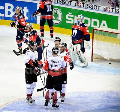November 01-2016,Mercedes-Benz Arena,Berlin,Germany<br /> Champions Hockey League<br /> Ice Hockey <br /> Eisb&auml;ren Berlin - FR&Ouml;LUNDA HC<br /> Joel Lundqvist ,#20 scored the 4th goal