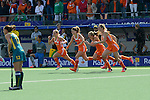 The Hague, Netherlands, June 14: Players of The Netherlands start celebrating during the field hockey gold medal match (Women) between Australia and The Netherlands on June 14, 2014 during the World Cup 2014 at Kyocera Stadium in The Hague, Netherlands. Final score 2-0 (2-0)  (Photo by Dirk Markgraf / www.265-images.com) *** Local caption ***