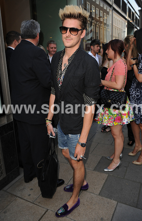 **ALL ROUND PICTURES FROM SOLARPIX.COM**.**WORLDWIDE SYNDICATION RIGHTS**.guests arrivals for the Chanel Boutique opening at Dover Street Market, London, UK. 10th June 2008..This pic: Henry Holland..JOB REF: 6604 SSD     DATE: 10_06_2008.**MUST CREDIT SOLARPIX.COM OR DOUBLE FEE WILL BE CHARGED* *UNDER NO CIRCUMSTANCES IS THIS IMAGE TO BE REPRODUCED FOR ANY ONLINE EDITION WITHOUT PRIOR PERMISSION*