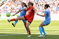 Bridgeview, IL - Sunday June 12, 2016: Lindsey Horan during a regular season National Women's Soccer League (NWSL) match between the Chicago Red Stars and the Portland Thorns at FC Toyota Park.