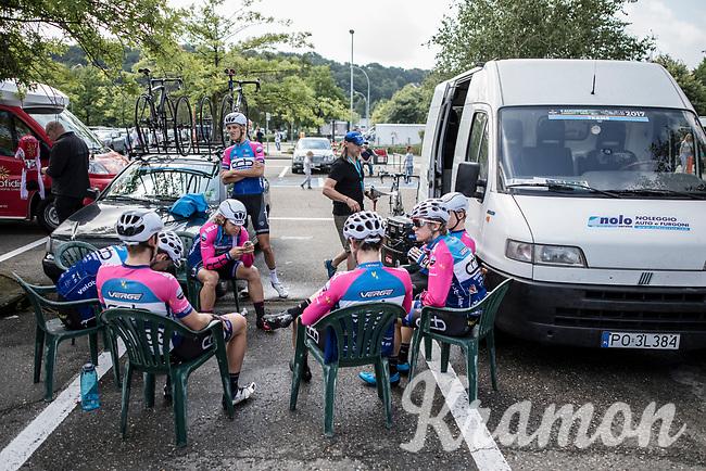 open team-meeting for team CCB Velotooler<br /> <br /> <br /> 2nd Dwars door het Hageland 2017 (UCI 1.1)<br /> Aarschot &gt; Diest : 193km