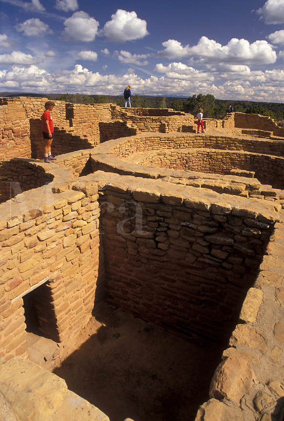 AJ3865, Mesa Verde, Mesa Verde National Park, Colorado, ruin, archeological, Sun Temple, a ceremonial temple used by the Anasazi, in Mesa Verde Nat'l Park in the state of Colorado.