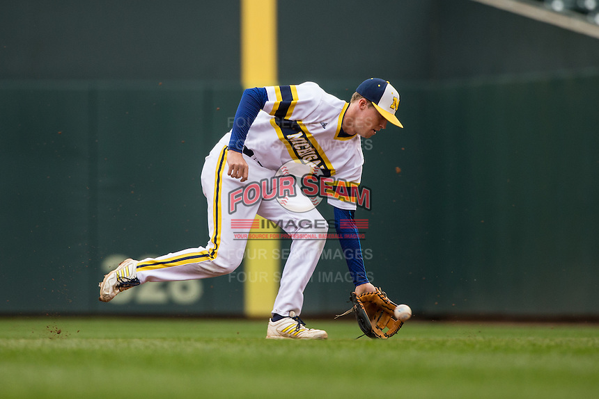 Jacob Cronenworth (2) of the Michigan Wolverines fields during a 2015 Big Ten Conference Tournament game between the Michigan Wolverines and Indiana Hoosiers at Target Field on May 20, 2015 in Minneapolis, Minnesota. (Brace Hemmelgarn/Four Seam Images)