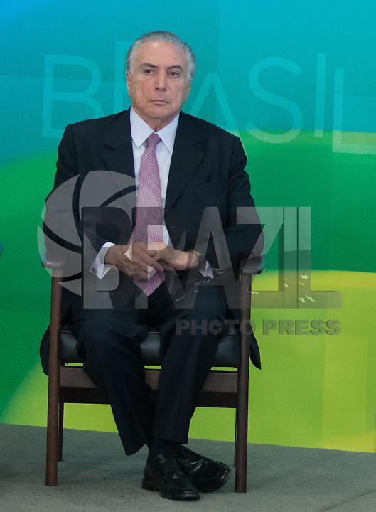 BRASILIA, DF, 02.10.2015 - DILMA-REFORMA -  O vice-presidente, Michel Temer, durante declaração sobre a  reforma administrativa do<br /> Governo Federal, nesta sexta-feira, no <br /> Palácio do Planalto.(Foto:Ed Ferreira / Brazil Photo Press)