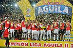 Independiente Santa Fe venció en la final como local 1-0 (1-0, e el global) a Deportes Tolima y se coronó campeón de la Liga Águila II-2016. Es la novena estrella de Santa Fe