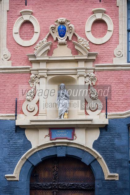 Europe/France/Nord-Pas-de-Calais/59/Nord/Lille: L 'Hermitage Gantois 224 rue de Paris hotel situé dans un ancien Hospice construit en 1460 par Jean de le Cambe dit Le Gantois - détail de la façade