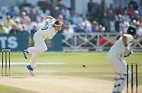 Picture by Allan McKenzie/SWpix.com - 11/09/2014 - Cricket - LV County Championship Div One - Nottinghamshire County Cricket Club v Yorkshire County Cricket Club - Trent Bridge, West Bridgford, England County Cricket Club - Yorkshire's Jack Brooks delivers.