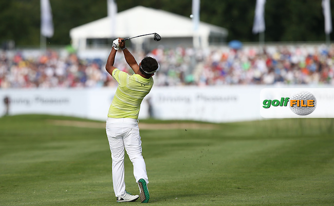 Thongchai Jaidee (THA) plays approach shot to the last during Round Two of the 2015 BMW International Open at Golfclub Munchen Eichenried, Eichenried, Munich, Germany. 26/06/2015. Picture David Lloyd | www.golffile.ie