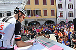 Tom Dumoulin (NED) Team Sunweb at sign on before the start of Stage 14 of the 2018 Giro d'Italia, running 186km from San Vito al Tagliamento to Monte Zoncolan features Europe's hardest climb, Italy. 19th May 2018.<br /> Picture: LaPresse/Gian Mattia D'Alberto | Cyclefile<br /> <br /> <br /> All photos usage must carry mandatory copyright credit (&copy; Cyclefile | LaPresse/Gian Mattia D'Alberto)