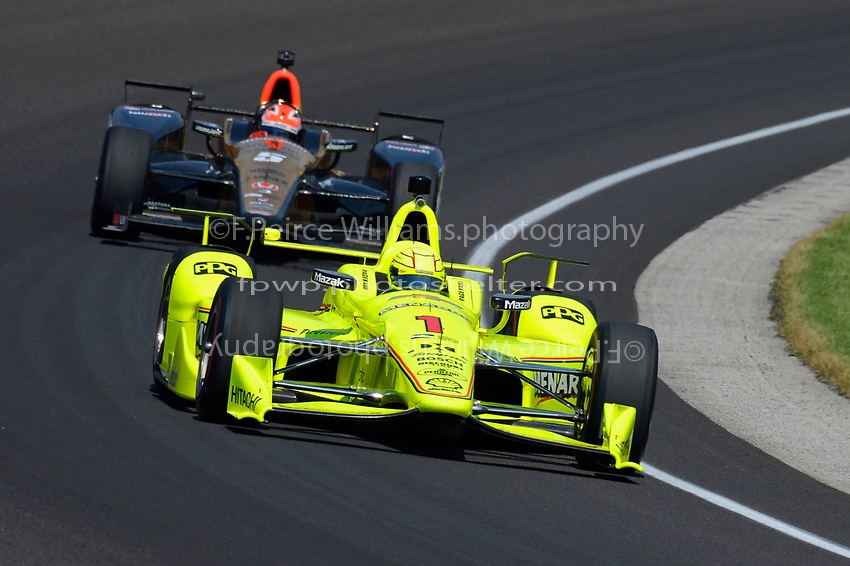 Verizon IndyCar Series<br /> Indianapolis 500 Carb Day<br /> Indianapolis Motor Speedway, Indianapolis, IN USA<br /> Friday 26 May 2017<br /> Simon Pagenaud, Team Penske Chevrolet, James Hinchcliffe, Schmidt Peterson Motorsports Honda<br /> World Copyright: F. Peirce Williams