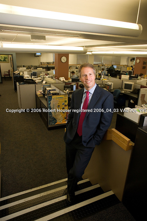 Gary Pruitt - CEO - The McClatchy Company: Executive portrait photographs by San Francisco - corporate and annual report - photographer Robert Houser.