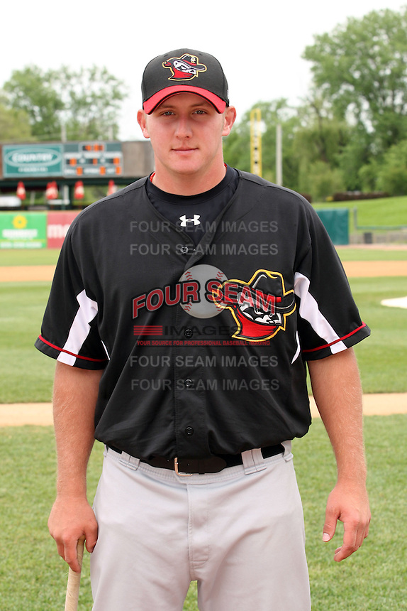 May 15, 2010: Aaron Terry of the Quad City River Bandits at Elfstrom Stadium in Geneva, IL. The River Bandits are the Class A affiliate of the St. Louis Cardinals. Photo by: Chris Proctor/Four Seam Images