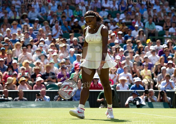 Serena Williams (USA) plays against Maria Sharapova (RUS) on Centre Court. The Wimbledon Championships 2010 The All England Lawn Tennis & Croquet Club  Day 7 Monday 28/06/2010