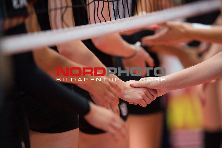 11.07.2014, Anhalt Arena, Dessau<br /> Volleyball, European League 2014, Deutschland vs. Griechenland<br /> <br /> Shakehands vor dem Spiel / Feature / Fairplay / Fairness<br /> <br />   Foto &copy; nordphoto / Kurth