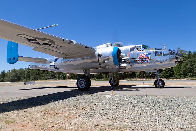 "North American Aviation B-25 Mitchell bomber ""old glory"" taxiing at the Nevada County Airport"