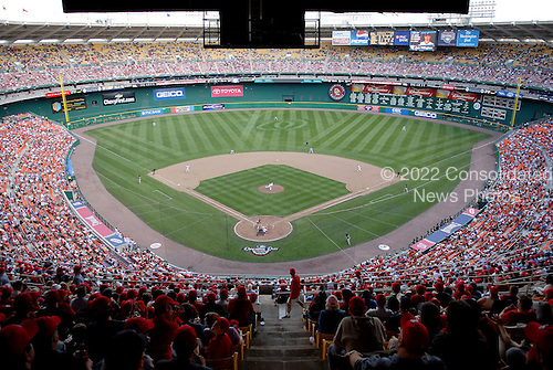 Washington, D.C. - April 2, 2007 -- Florida Marlins against the Washington Nationals on opening day at RFK Stadium in Washington, D.C. on April 2, 2007.  .Credit: Ron Sachs / CNP..