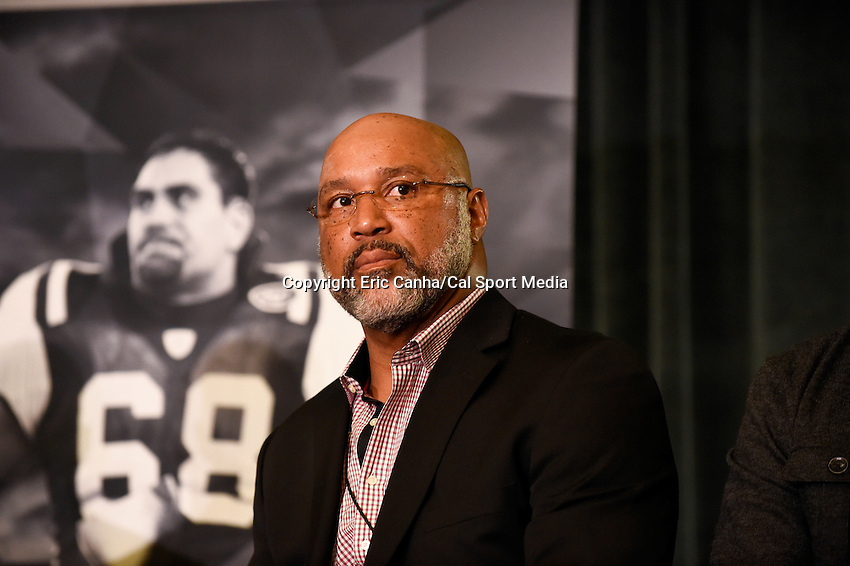 Thursday, February 4, 2016: Cornelius Bennett formerly of the Indianapolis Colts takes part in the National Football League Player's Association press conference at the Moscone Center in San Francisco, California. Eric Canha/CSM