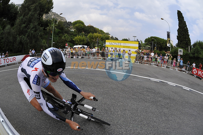 Team Saxo Bank rider Gustav Larsson (SWE) rounds the hairpin during the Prologue Stage 1 of the 2009 Tour de France a 15.5km individual time trial held around Monaco. 4th July 2009 (Photo by Eoin Clarke/NEWSFILE)