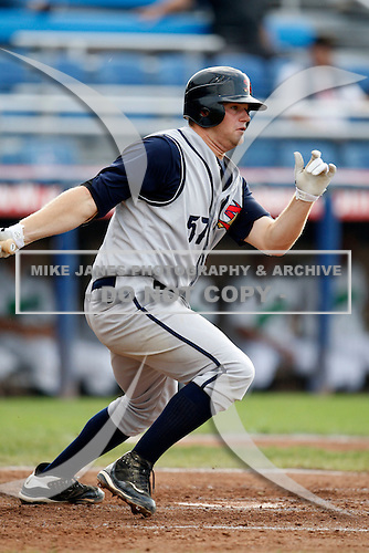 July 30, 2009:  First Baseman Aaron Baker of the State College Spikes during a game at Russell Diethrick Park in Jamestown, NY.  State College is the NY-Penn League Short-Season Class-A affiliate of the Pittsburgh Pirates.  Photo By Mike Janes/Four Seam Images