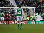 4th November 2017, Easter Road, Edinburgh, Scotland; Scottish Premiership football, Hibernian versus Dundee; Hibernian's Simon Murray scores the winning goal for 2-1