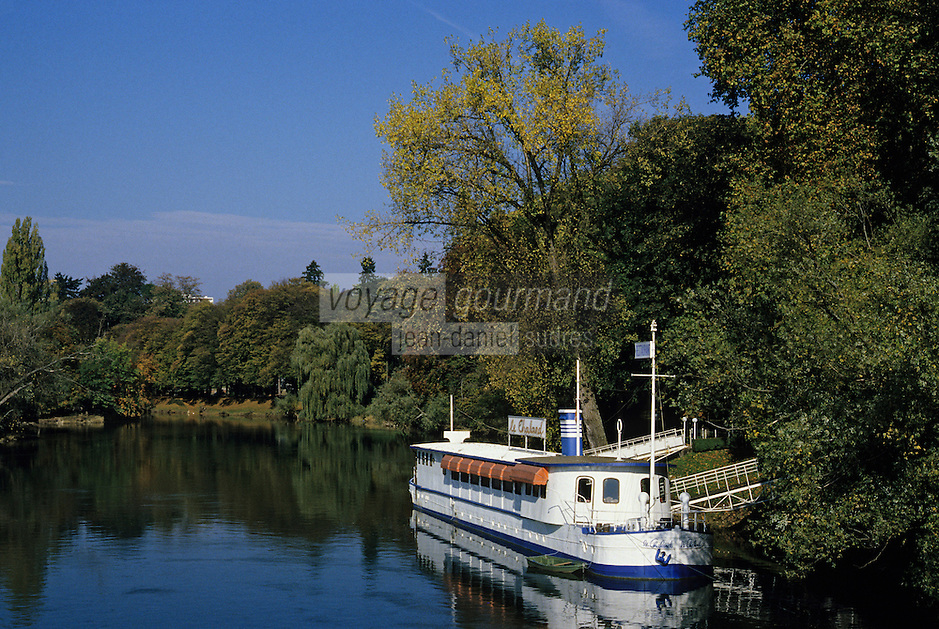 Europe/France/Franche-Comté/25/Doubs/Besançon: promenade Micaud, bords du Doubs