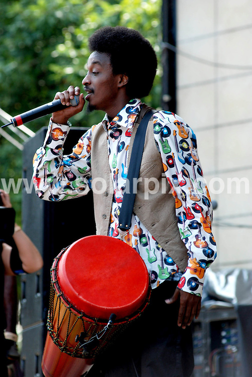 **ALL ROUND PICTURES FROM SOLARPIX.COM**.**SYNDICATION RIGHTS FOR UK, SPAIN, PORTUGAL, AUSTRALIA, S.AFRICA & DUBAI (U.A.E) ONLY**.Lollapalooza Music Festival 2008 Day 1. Grant Park, Chicago, USA. 1st August 2008..This pic: K'Naan..JOB REF: 6953 PHZ    DATE: 01_08_2008.**MUST CREDIT SOLARPIX.COM OR DOUBLE FEE WILL BE CHARGED* *UNDER NO CIRCUMSTANCES IS THIS IMAGE TO BE REPRODUCED FOR ANY ONLINE EDITION WITHOUT PRIOR PERMISSION*