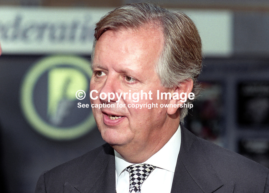 Steven Norris, MP, Conservative Party, UK, 19951021SN1.<br />