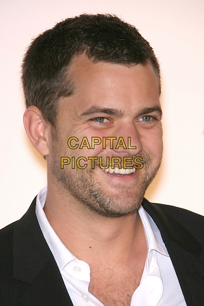 "JOSHUA JACKSON.AARP The Magazine Toasts 2007 ""Movies For Grownups Awards"" Winners at Hotel Bel-Air, Los Angeles, California, USA..February 6th, 2007.headshot portrait stubble facial hair .CAP/ADM/ZL.©Zach Lipp/AdMedia/Capital Pictures"