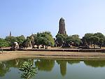 Ruins of a Buddhist temple in Ayutthaya near Bangkok, Thailandd.