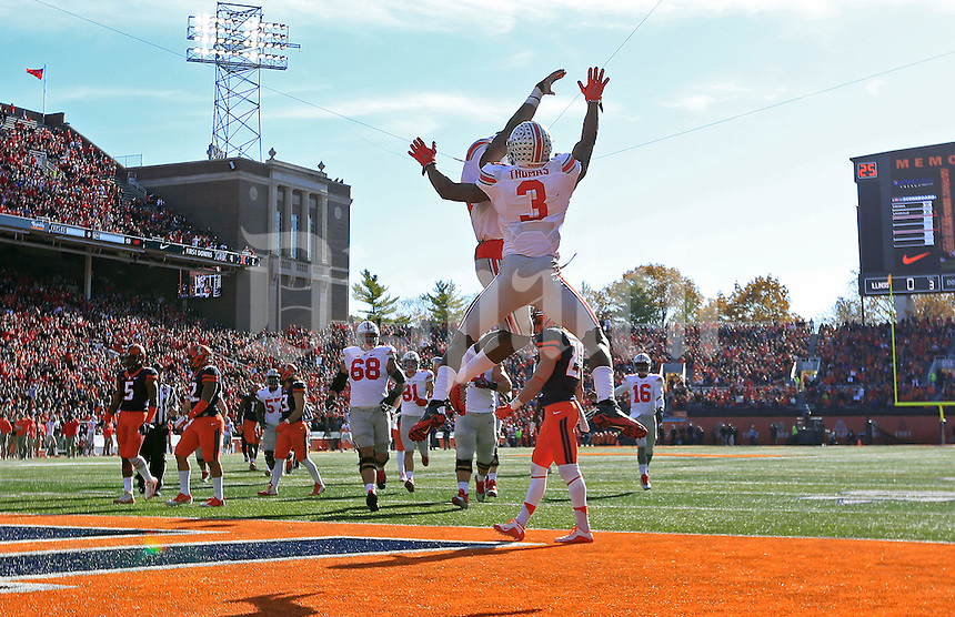 Ohio State Buckeyes wide receiver Michael Thomas (3) celebrates his touchdown catch with Ohio State Buckeyes running back Curtis Samuel (4) against Illinois Fighting Illini in the first half at Memorial Stadium in Champaign, IL on November 9, 2015.  (Dispatch photo by Kyle Robertson)