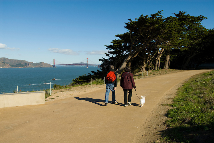 California: San Francisco. Land's End view of the Golden Gate. Photo copyright Lee Foster. Photo #: 25-casanf75836