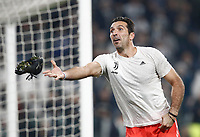 Football Soccer: UEFA Champions League Juventus vs Sporting Clube de Portugal, Allianz Stadium. Turin, Italy, October 18, 2017. <br /> Juventus' captain Gianluigi Buffon celebrates after winning 2-1 the Uefa Champions League football soccer match between Juventus and Sporting Clube de Portugal at Allianz Stadium in Turin, October 18, 2017.<br /> UPDATE IMAGES PRESS/Isabella Bonotto