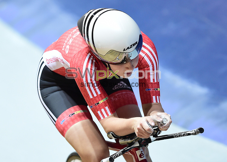 Picture by Alex Broadway/SWpix.com - 27/01/17 - Cycling - 2017 HSBC UK National Track Championships 2017 - Day One - HSBC UK National Cycling Centre, Manchester, United Kingdom - Manon Lloyd of Team Breeze competes in the Women's Individual Pursuit Qualifying.