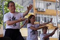 SAO PAULO, SP, 02 DE FEVEREIRO DE 2013 - ANO NOVO CHINES -  Apersentacao de tai chi chuan na festa do Ano Novo Chines, na Praca da Liberdade, zona cental da capital. FOTO RICARDO LOU - BRAZIL PHOTO PRESS
