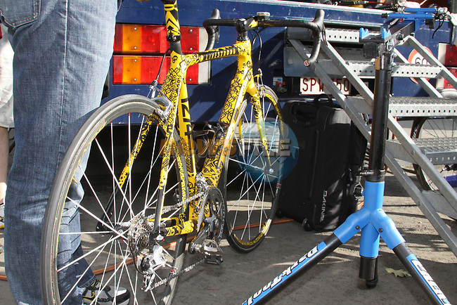 One of Lance Armstrong's bikes being prepared before the start of the 2009 Tour of Ireland, held in the Ritz-Carlton Hotel Powerscourt, Enniskerry to Waterford, Ireland. 20th August 2009.<br /> (Photo by Eoin Clarke/NEWSFILE)