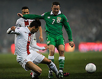 29th March 2015; UEFA EURO 2016 Championship Qualifier Group D, Ireland vs Poland, Aviva Stadium, Dublin<br /> Republic of Ireland's Aiden McGeady with Grzegorz Krychowiak of Poland.<br /> Picture credit: Tommy Grealy/actionshots.ie.