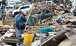EPA's Atlanta staffer Erik S. Lesser covering the Moore, OK tornado aftermath. Photo by Tannen Maury.