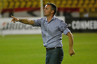 CARTAGENA-COLOMBIA, 17-02-2017. Pablo Lavallen director técnico del  Atlético Tucumán contra Junior  durante encuentro  por la Copa Libertadores de América  disputado en el estadio Jaime  Morón  ./Pablo Lavallen coach  of  Atletico  Tucuman against Junior  during match for the date 3 of Copa Libertadores de America played at Jaime Moron stadium . Photo:VizzorImage / Alfonso Cervantes  / Contribuidor