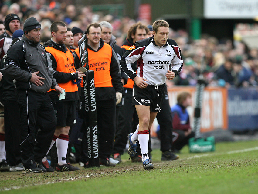 Photo: Rich Eaton...Leicester Tigers v Newcastle Falcons. Guinness Premiership. 27/01/2007. Jonny Wilkinson of Newcastle Falcons comes on a replacement late in the first half.