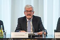 Vorstellung des 22. Berichts der Kommission zur Ermittlung des Finanzbedarfs der Rundfunkanstalten (KEF) am Donnerstag, den 20. Februar 2020 in der Vertretung des Landes Rheinland-Pfalz beim Bund und bei der Europäischen Union, in Berlin.<br /> Im Bild: Dr. Heinz Fischer-Heidlberger, Vorsitzender der KEF.<br /> 20.2.2020, Berlin<br /> Copyright: Christian-Ditsch.de<br /> [NUR FUER REDAKTIONELLE ZWECKE! Werbung nur auf Anfrage beim Fotografen. Inhaltsveraendernde Manipulation des Fotos nur nach ausdruecklicher Genehmigung des Fotografen. Vereinbarungen ueber Abtretung von Persoenlichkeitsrechten/Model Release der abgebildeten Person/Personen liegen nicht vor. NO MODEL RELEASE! Don't publish without copyright Christian-Ditsch.de, Veroeffentlichung nur mit Fotografennennung, sowie gegen Honorar, MwSt. und Beleg. Konto: I N G - D i B a, IBAN DE58500105175400192269, BIC INGDDEFFXXX, Kontakt: post@christian-ditsch.de<br /> Bei der Bearbeitung der Dateiinformationen darf die Urheberkennzeichnung in den EXIF- und  IPTC-Daten nicht entfernt werden, diese sind in digitalen Medien nach §95c UrhG rechtlich geschuetzt. Der Urhebervermerk wird gemaess §13 UrhG verlangt.]
