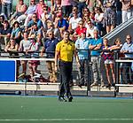 UTRECHT - scheidsrechter Maarten Boxma   tijdens de hoofdklasse competitiewedstrijd mannen, Kampong-Bloemendaal (2-2) . ) . COPYRIGHT KOEN SUYK