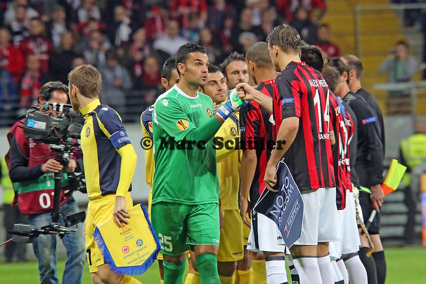 Alex Meier (Eintracht) mit Juan Pablo (Tel Aviv)- Eintracht Frankfurt vs. Macabi Tel Aviv, Europa League 3. Spieltag