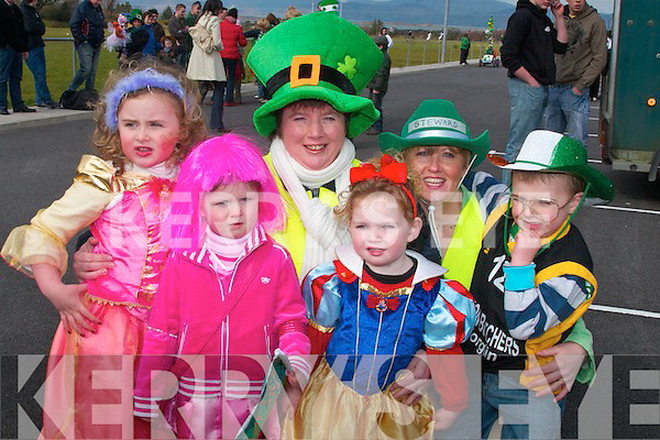 Dressed up for the St. Patricks day parade in Glenbeigh were Kacey O'Connor, Jack O'Sullivan, Abbie Sheahan, Caoimhe Sweeney, Key Griffin, Diane O'Connor.   Copyright Kerry's Eye 2008