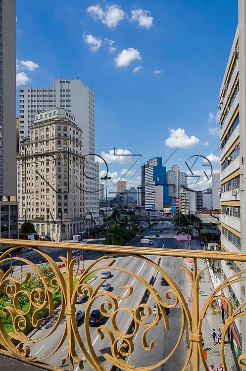 Vista da avenida Prestes Maia, a partir do Viaduto Santa Ifigênia, São Paulo-SP, 01/2014.
