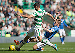 Celtic v St Johnstone...29.08.15  SPFL   Celtic Park<br /> Nir Bitton is tackled by Steven MacLean<br /> Picture by Graeme Hart.<br /> Copyright Perthshire Picture Agency<br /> Tel: 01738 623350  Mobile: 07990 594431